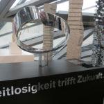 <p><strong>BMW-Welt München, PVC-Bauteile, Chrom-Optik-Beschichtung</strong></p>