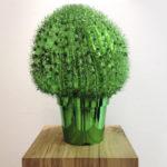 <p><strong>Dekorationsmodell, Kunststoff, Chrom-Optik-Beschichtung, grün lasiert</strong></p>
