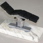 <p><strong>Maquet-Modell, Chrom-Optik-Beschichtung, Soft-Touch schwarz</strong></p>