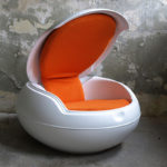 <p><strong>Egg chair, soft-touch coating white<br /> </strong></p>