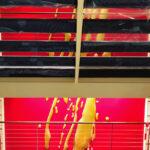 <p><strong>Beschichtung: Effektlackierung Gold, Klarlackversiegelung </strong><br /> Atelier Peter Zimmermann, AIDA Wandinstallation, 2018,<br /> Epoxidharzgießteile, verschiedene Größen und Formen</p>