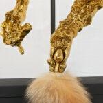 <p><strong>Beschichtung:</strong> <strong>Chrom-Optik Gold, Klarlacküberzug glänzend</strong><br /> Marcel Walldorf, Domestication, 2020</p>